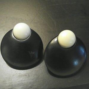 Jewelry - Vintage button pierced earrings